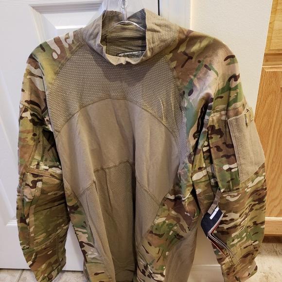 6e4120615fe9 MASSIF ACS Army Combat Shirt Size Large